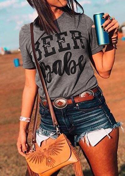 Beer Babe Short Sleeve T-Shirt фото