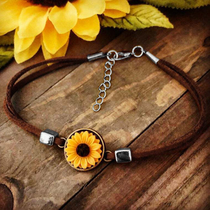 Fairyseason coupon: Vintage Sunflower Leather Bracelet - Brown