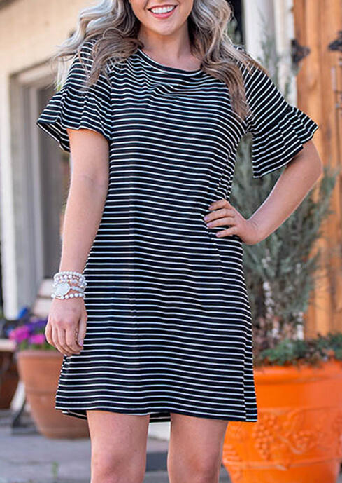 Striped Ruffled O-Neck Mini Dress фото