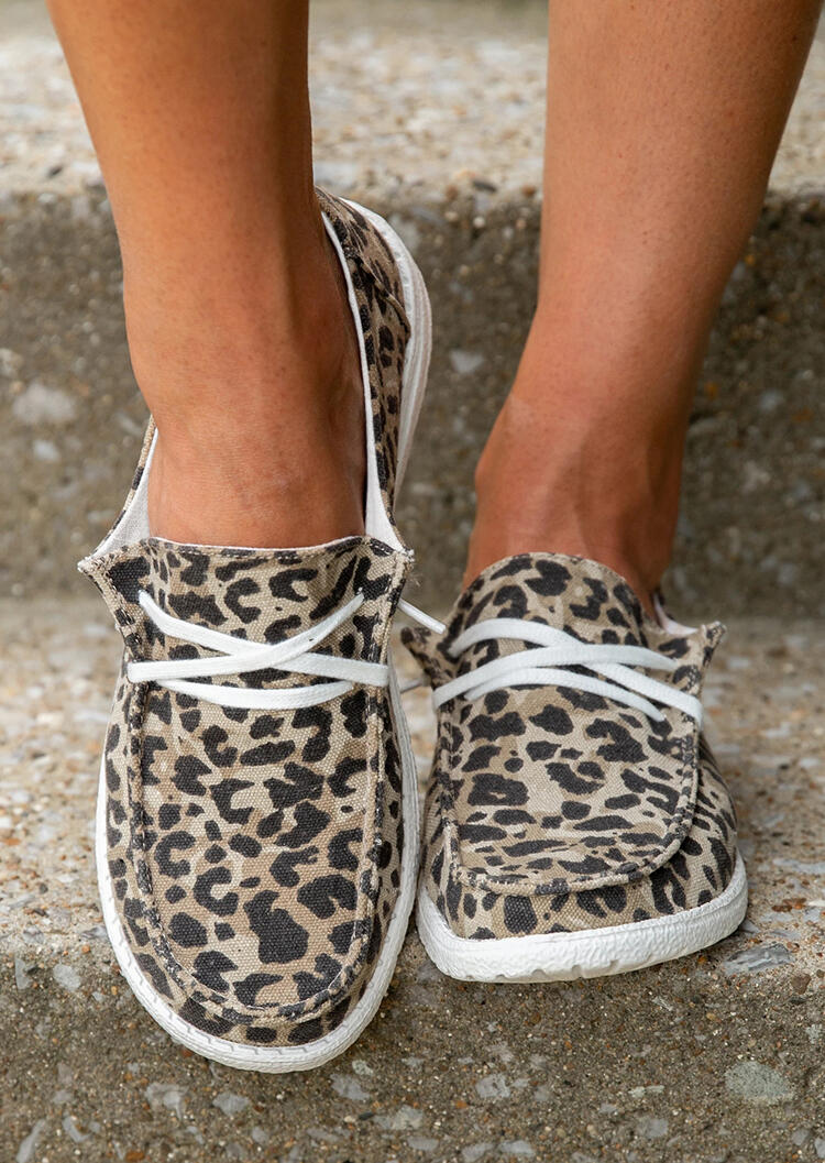 FairySeason / Leopard Lace Up Round Toe Flat Sneakers