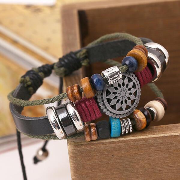 Bracelet Vintage Multi-Layered Bohemia Beaded Bracelet in Black,Brown. Size: One Size фото