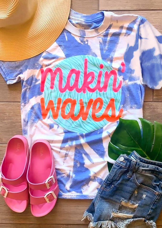 Tees T-shirts Makin' Waves Tie Dye T-Shirt Tee in Blue. Size: M,L,XL фото