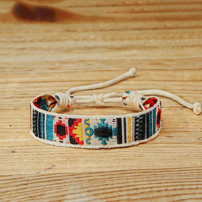 Vintage Geometric Embroidery Strand Bracelet thumbnail