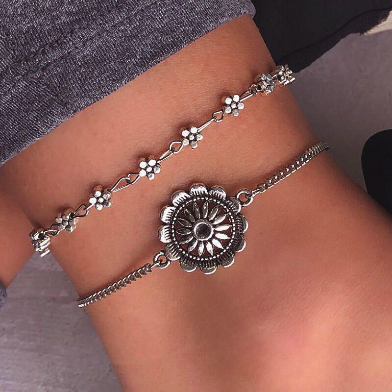 Body Jewelry 2Pcs Bohemian Hollow Out Sunflower Heart Anklet in Silver. Size: One Size фото