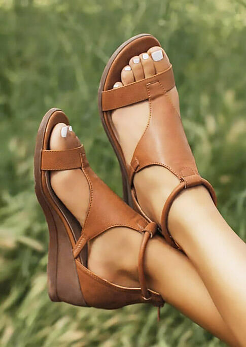 Sandals Round Toe Zipper Wedged Sandals in Brown. Size: 37,38,39,40,41 фото
