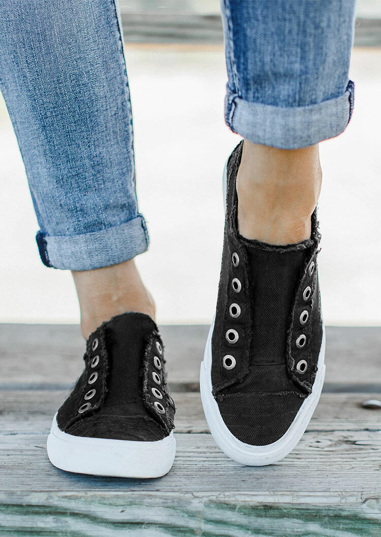 Sneakers Canvas Slip On Round Toe Flat Sneakers in Black. Size: 37,38,39,40,41 фото