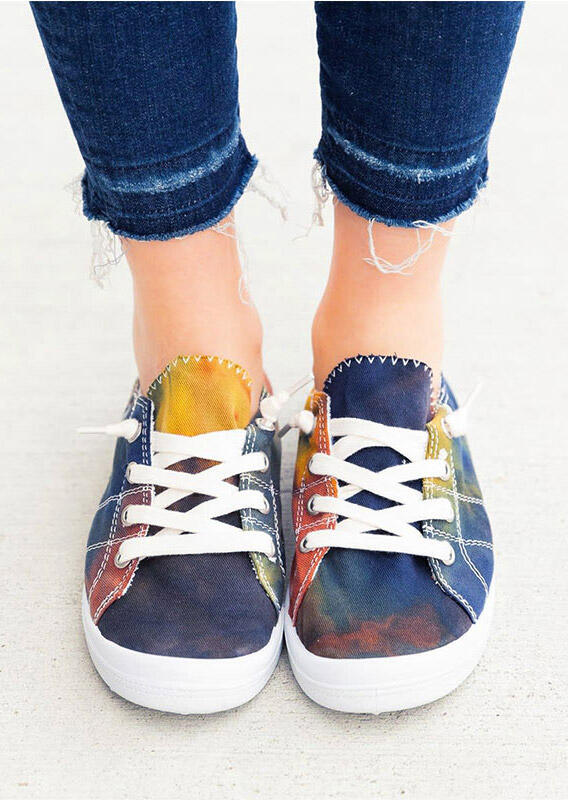 Sneakers Tie Dye Lace Up Flat Sneakers in Multi. Size: 37,38,41 фото