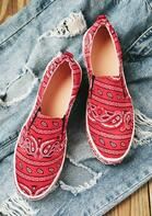 Paisley Slip On Round Toe Flat Sneakers