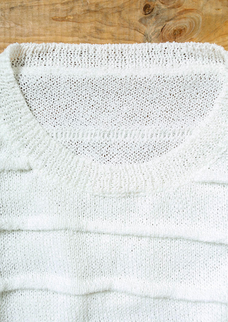 Knitted O-Neck Sweater - White