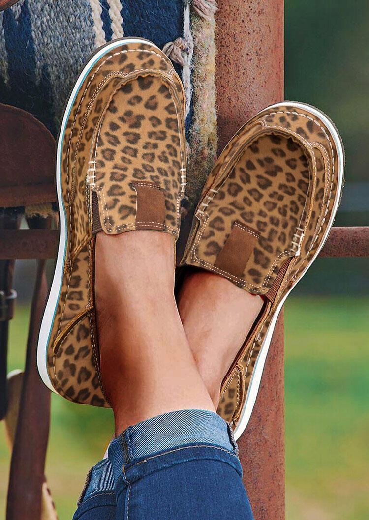 FairySeason / Leopard Slip On Round Toe Flat Sneakers