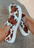 Cow Slip On Round Toe Flat Sneakers