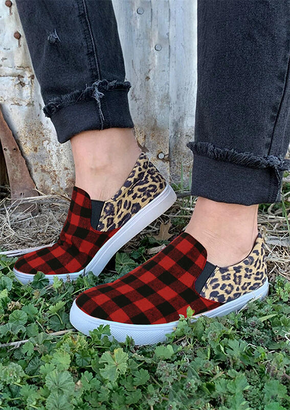 Leopard Buffalo Plaid Splicing Flat Sneakers - Red