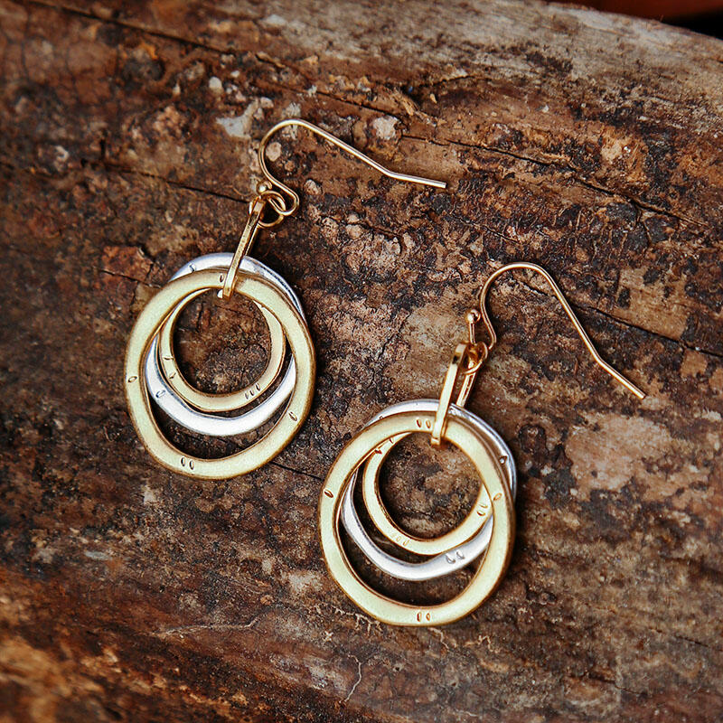 Vintage Hollow Out Circle Pendant Alloy Earrings