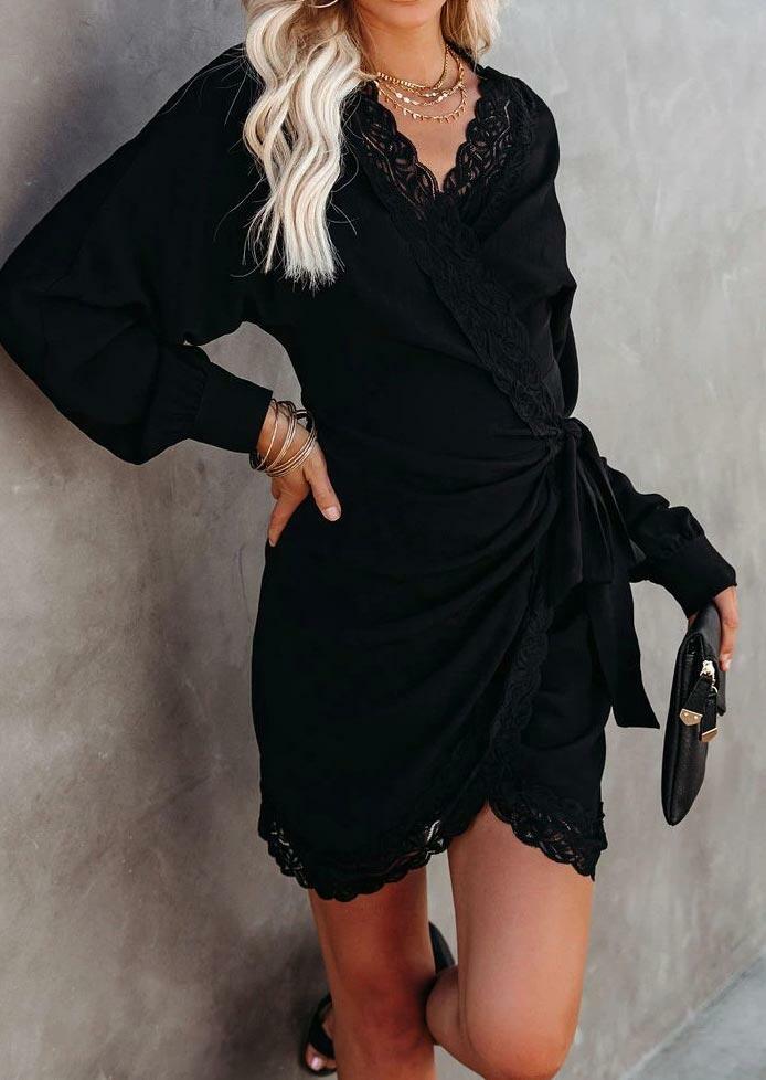 Lace Splicing Ruched Wrap Tie V-Neck Mini Dress - Black