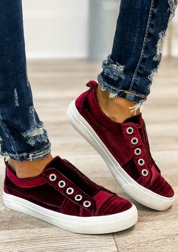 FairySeason / Slip On Round Toe Flat Sneakers - Burgundy