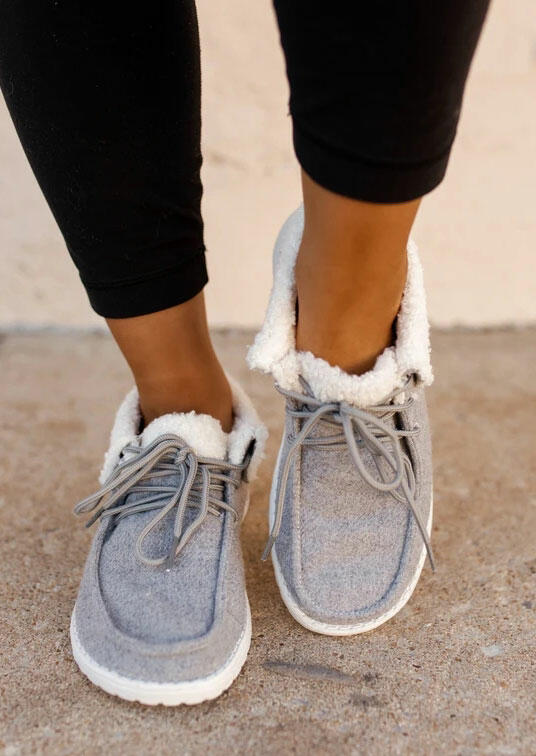 Fairyseason / Warm Plush Lace Up Round Toe Flat Sneakers