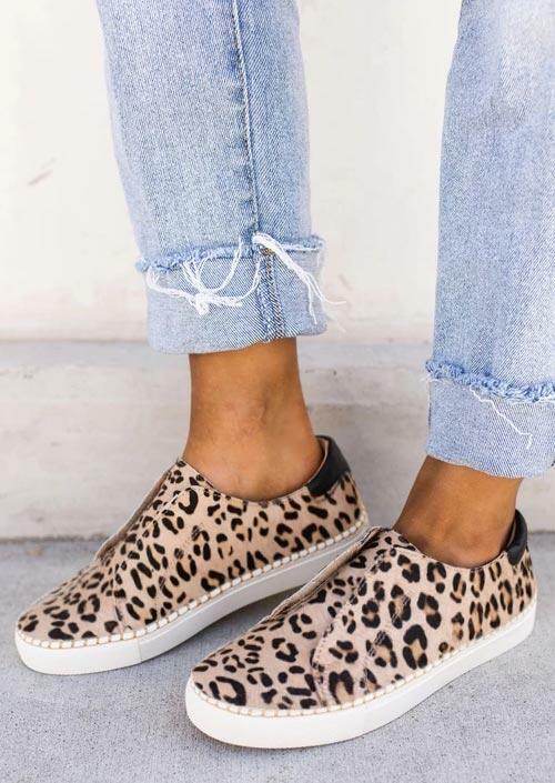 Fairyseason / Leopard Slip On Round Toe Flat Velcro Sneakers