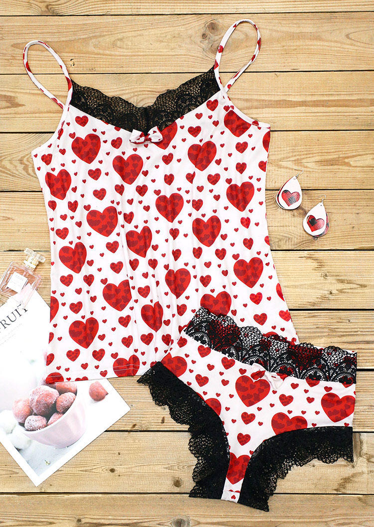 Sleepwear Heart Lace Splicing Camisole And Shorts Pajamas Set in White. Size: M
