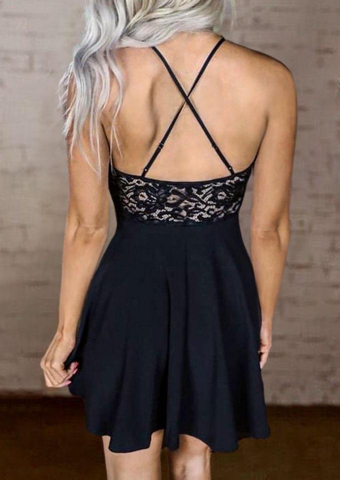 Mini Dresses Lace Splicing Criss-Cross Spaghetti Strap Mini Dress in Black. Size: L