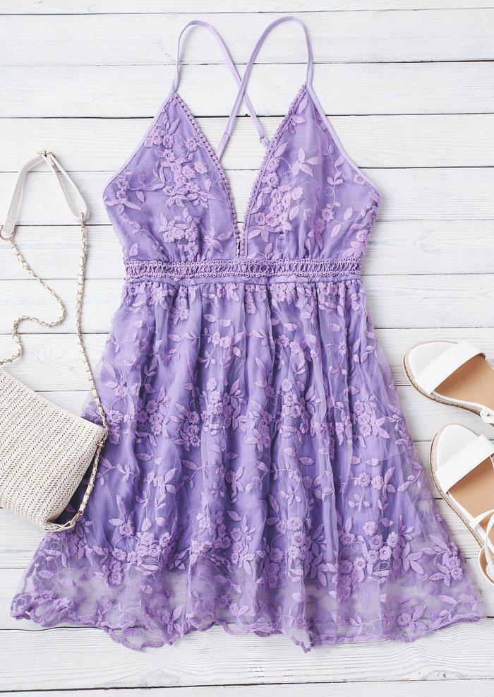 Floral Lace Splicing Open Back Spaghetti Strap Mini Dress - Purple