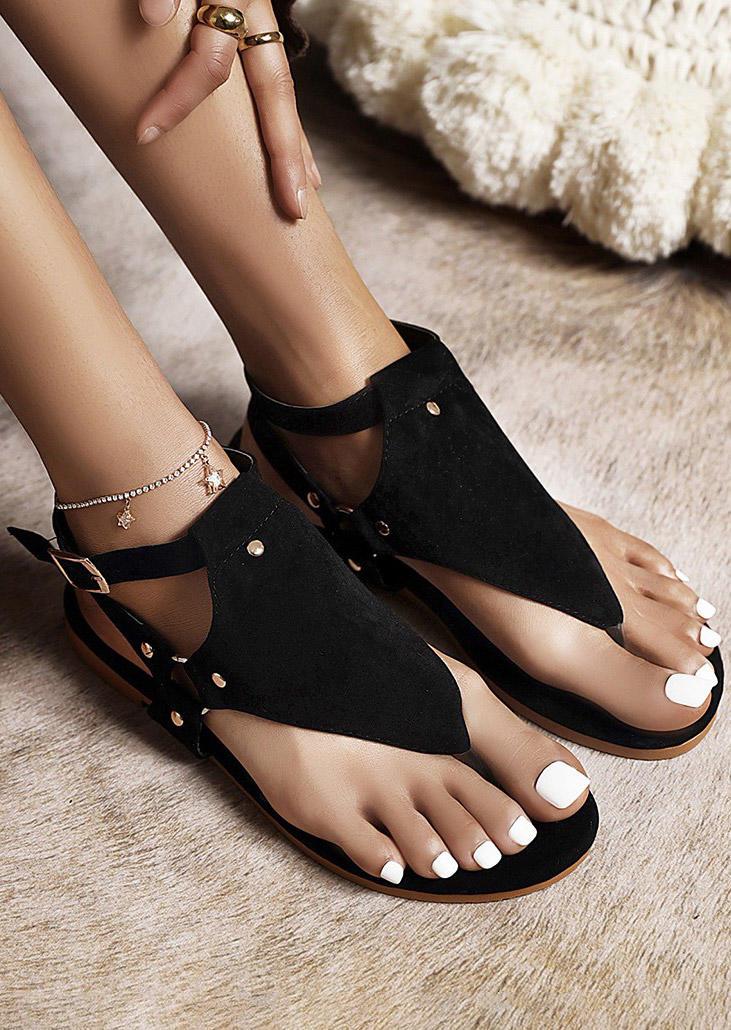 Hollow Out Rivet Buckle Strap Thong Flat Sandals - Black