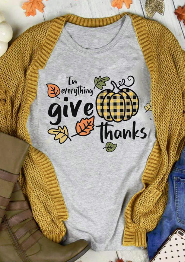 In Everything Give Thanks Plaid Pumpkin Leaf T-ShirtTee - Gray